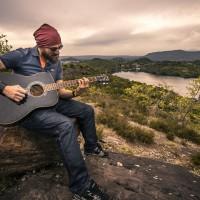 guitarist-407212_1280