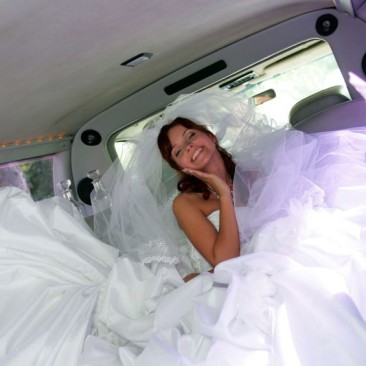 happy-bride-destiny-limousine